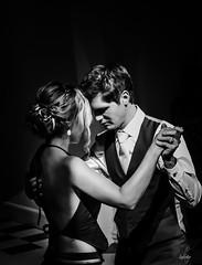 petite danse (lafoto.) Tags: danse musique homme femme noiretblanc couple mariage beau love lafoto portrait photographie photo explore