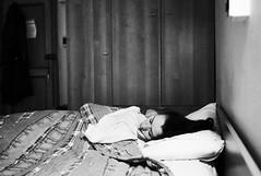 asleep (gorbot.) Tags: leicam8 voigtlander28mmultronf19 mmount rangefinder blackandwhite monochrome silverefex roberta
