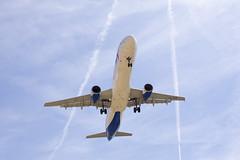 VQ-BOB Ural Airlines (Escursso) Tags: barcelona airplane wings spain aircraft bcn airbus airlines spotting avion ural avio a321 elpratdellobregat a321211 lebl vqbob