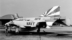 152278 McDonnell F-4N VF-111 NL201 (eLaReF) Tags: bw white black airplane aviation navy aeroplane rhino phantom naval miramar usn f4 mcdonnell spook navalaviation mcdonnel phantomii vf111 f4n knkx nkx 152278 nl201
