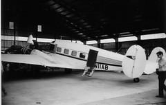 N11AB Beech E-18S c/n BA-20 (eLaReF) Tags: bw white black cn airplane hamilton aeroplane beech westwind e18s expeditor beech18 twinbeech ba20 n11ab