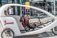 _mg_9866 (Jacopo Butini) Tags: berlin ice estate cream riposo icecream gelato bici stazione bicicletta triciclo berlino pubblico caldo mezzo pedale noleggio leccare rinfresco mezzipubblici rinfrescarsi mezzoditrasporto