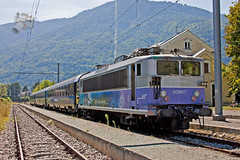 Intercits de Nuit en Bagnres de Luchon (UT440 131M) Tags: france train canon tren photography eos photo europa europe mark frana railway zug national ii 1d tres bb midi parado tamron francia garonne trainspotting coches spotting estacin ferr locomotora pyrnes sncf rseau ferrocarril aleix trainspotter lectrique alco aute spotter denuit defer danseuse corts ffcc corail elctrica 8500 8617 rff alsthom bagnresdeluchon delafrance canonistas locomotrice bb8500 af28300 intercits socite ferrocat deschemins bb8617