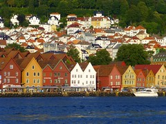 The old centre of Bergen (Bryggen), Norway (Frans.Sellies (off for a while)) Tags: world heritage norway de la site unescoworldheritagesite unesco worldheritagesite list bergen unescoworldheritage bryggen sites worldheritage weltkulturerbe whs noorwegen humanidad patrimonio worldheritagelist welterbe kulturerbe patrimoniodelahumanidad heritagesite unescowhs patrimoinemondial werelderfgoed vrldsarv  heritagelist werelderfgoedlijst verdensarven wolrdheritagelist    patriomoniodelahumanidad    patriomonio p1040470