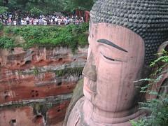 Big Buddah in Leshan, China (mbphillips) Tags: 中国 sichuan 四川 leshan 乐山 乐山大佛 中國 fareast asia アジア 아시아 亚洲 亞洲 중국 mbphillips canonixus400 佛教 불교 budismo budista 佛教徒 buddhism buddha geotagged photojournalism photojournalist buddhist temple travel chine china