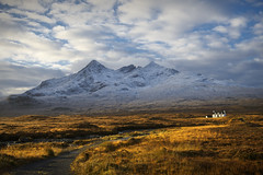 The Cuillin, Isle of Skye (Weeman76) Tags: autumn skye scotland isleofskye sligachan alltdearg sgurrnangillean thecuillin ambastier afszoomnikkor2470mmf28ged alltdearghouse d800e