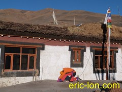 Eric Lon yoga at Demul (34) (Eric Lon) Tags: india cold yoga energy dynamic tibet heat practice souffle himalaya breathe froid warming spiti breathing inde tibetain himalayen chaleur activate respiration ericlon rechauffer demul acriver