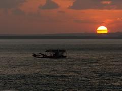 Por do sol (IyaMoura) Tags: sunset pordosol sky sun beach do balsa lagoa sul tibau riograndedonorte kodakz990