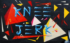 Origami Inspired Wall (KNEE JERK) Tags: life winter stencils asian for paint spray vietnam mate hanoi knee jerk warmer soor ironlak pylox 5hadows