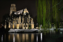 Johanneskirche am Feuersee in Stuttgart (Godwi_) Tags: winter church water night reflections wasser stuttgart nacht kirche nightview eis baum nationalgeographic gotik stuttgartwest spiegelungen johanneskirche trauerweide neogotik flickraward nikonflickraward blinkagain