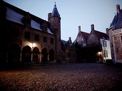 Nightfall in Bruges (debeeldenplukker) Tags: city light evening belgium brugge belgi bruges nightfall