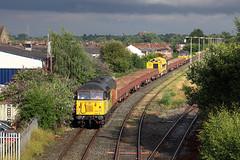 56302+56113 Latchford Sidings 28th July 2016 (John Eyres) Tags: 5630256113 high run round loop latchford after working 6c52 crewe basford hall sidings 280716 colas