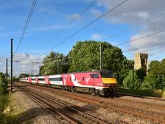 It's the real thing (legomanbiffo) Tags: city inter 225 91 dvt 82214 crossing foot cluny offord trains cross kings london edinburgh coast east virgin vtec