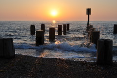 Morning sea (Kirkleyjohn) Tags: morning sea seaside seashore seafront groyne sky suffolk silhouette sun sunrise water waves
