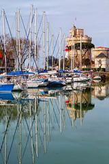 Port de La Rochelle (jjcordier) Tags: larochelle poitoucharentes port atlantique tour voilier mt reflet