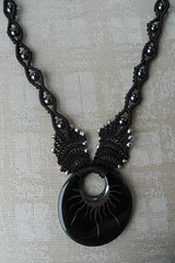 collana nera con donut (patty macram) Tags: bijoux macrame gioielli margarete macram margaretenspitze