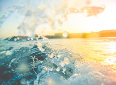 Splash at sunset (Matutino!) Tags: pink blue light sunset sea sun luz sol colors yellow azul reflections photography mar agua nikon underwater shine bajo under rosa wave colores case plastic amarillo adobe housing aquatic splash tamron 18200 undersea ola waterproof reflejos brillos lightroom fotografa funda carcasa acutica d90 matutino salpicadura submarina eleazarlzaroguerra