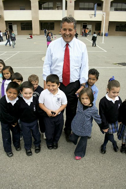 Juan Vargas with school children
