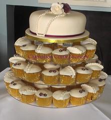 Wedding cupcakes at Markree Castle (cacamilis) Tags: markreecastle weddingcupcakes pearlcupcakes irishcupcakes cannaboeconfectionery cannaboecupcakes leitrimcupcakes wwwcacamiliscom