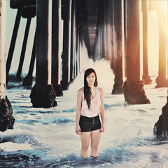 260/366 (Glenda Lissette) Tags: ocean california beach girl pier wave phoebe splash huntingtonbeach glendalissette