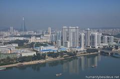 Pyongyang Mansudae Housing Complex (humanitybesideus.net) Tags: northkorea pyongyang dprk