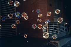 Bubbles. (Alexandra Elena N.) Tags: colors libertad bubbles colores burbujas esferas jabn