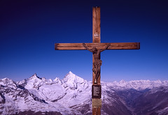 Matterhorn Crucifix (robertdownie) Tags: switzerland mountains cold religion cross blue rock symbol snow small stone swiss mountain ice sunny glacier peak alps crucifix summit jesus alpine snowy snowcovered matterhorn obergabelhorn mattertal