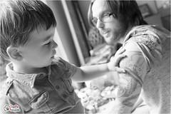 Een familieshoot gewoon thuis (toppixfotograaf) Tags: familie kind kinderen baby fotoshoot thuis jongen toppix