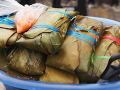 tamales (johannarosbeck) Tags: streetphoto comida tamales peru lima