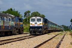 SMET - SBC ICE (B V Ashok) Tags: indianrailways ir shimogabangalore smetsbc ice intercity express 16202 swr ammasandra amsa kjm krishnarajapuram wdp4d emd 40278 56913 sbcubl bangalorehubli fastpassenger 40236