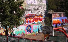 Artists at work (Larterman) Tags: london londoncity urban trellick tower