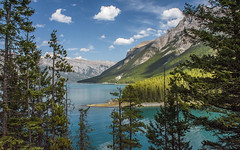 Lake Minnewanka (Jerry Ting) Tags: lakeminnewanka banffnationalpark alberta canada