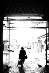Silhouette fine (www.danbouteiller.com) Tags: france french français rouen normandie normandy city ville urban photoderue photo rue people lowkey contrast contraste hat chapeau mono monochrome monochromatic femme woman black white noir blanc nb bw noiretblanc noirblanc blackandwhite blackwhite blacknwhite canon canon5d eos 5dmk2 5d 50mm 50mm14 5d2 5dm2