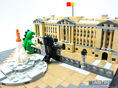 Attack of the giant lizard and gorilla (WhiteFang (Eurobricks)) Tags: lego architecture set landmark country buckingham palace victoria elizabeth royal royalty family crown jewel imperial statue tourist united kingdom uk micro bus taxi