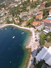 Malcesine (zambi74) Tags: lake lago garda malcesine verona veneto italy italia panorama landscape spiaggia beach blu