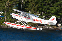 Private Piper PA-18-150 Super Cub N4105Z (jbp274) Tags: greenville greenvilleseaplaneflyin mooseheadlake flyin airplanes seaplane floatplane 52b lake water piper pa18 supercub