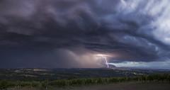 Onde temptueuse (Prsage des Vents) Tags: supercell supercellule limousin verneuilsurvienne vigne orage storm clair foudre lightning hail grle alex
