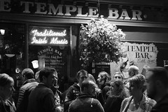 Temple Bar (@ELHynes) Tags: dublin dublinbynight dublincity ireland photographsofdublin photosofdublin templebar damelane oconnellbridge hapennybridge edenquay georgesstreet astonquay bachelorswalk emmahynes southgreatgeorgesstreet photosof photographsof picturesof imagesof blackandwhite blackwhite