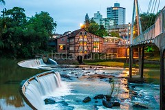 timb-0059 (iedafunari) Tags: timb santa catarina brasil tapyoka represa rio benedito passarela anoitecer ponte enxaimel