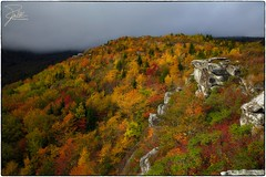Clouds rolling in over the Blue Ridge Mountains (Frank Kehren) Tags: autumn canon unitedstates northcarolina f11 blueridgeparkway indiansummer 24105 brp sugarmountain canonef24105mmf4lis ef24105mmf4lisusm canoneos5dmarkii