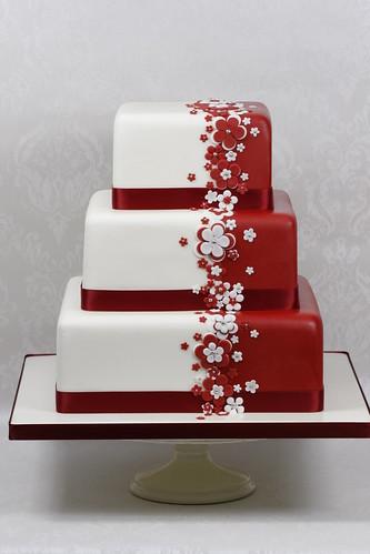 Red White Flower Wedding Cake