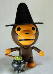 Affi (zamburak) Tags: toy actionfigure ape yamaguchi affi babymilo kaiyodo bathingape bape revoltech oneobject365daysproject seriesno115