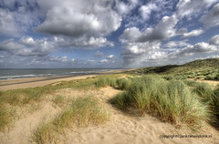 "Dunes in Holland • <a style=""font-size:0.8em;"" href=""http://www.flickr.com/photos/45090765@N05/8145625980/"" target=""_blank"">View on Flickr</a>"