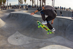 Pat Ngoho - Ollie over the Hip (SteveWillard) Tags: california venice pool canon skateboarding flash oldschool fisheye polarbear socal independent pools skateboard venicebeach extremesports southerncalifornia dogtown vsa lightroom 90291 adobelightroom surfandskate backsideair strobist 60d zpop canon60d tumblr canonef15mmfisheye patngoho stevewillard veniceskatepark canon430exiispeedlite dennisagnew dennispolar bearagnewskatepark venicesurfskateboardassociation lightroom43