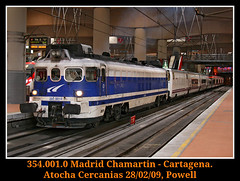 Esos miticos sustos (Powell 333) Tags: madrid espaa train canon tren trenes eos spain rail railway trains cercanas 400 grandes estacion powell railways virgen 001 estacin 354 atocha lineas cercanias 4000 ferrocarril renfe talgo covadonga virgendecovadonga altaria canoneos400 4001 adif ffcc operadora grandeslineas kraussmaffei talga eos400 4000t renfeoperadora virgencovadonga atochacercanas 354001 atochacercanias 4001t 354011