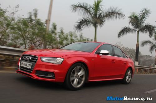 2013-Audi-S4-57