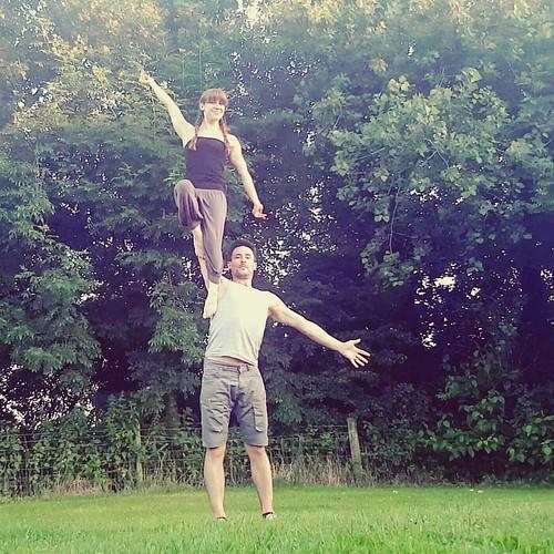 Happy sunday.   Flyer @tink_d  Base @hyperhamlet   #acrofriends #acroinspiration #acro #acrobatics #acroyoga #acrobalance #acrovinyasa #balance #circusinspiration #circus #circusskills #corestrength #instagood #instayoga #instafit #partneryoga #photoshoot