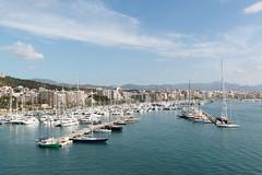 Palma de Mallorca - Jachthafen (CocoChantre) Tags: boot hafen jachthafen palmademallorca schiff seefahrt segelboot verkehr palma illesbalears spanien es boat harbor ship sailing coast