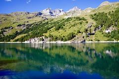 Miroir (danidan's) Tags: lac couleurs eau montagne nature reflet