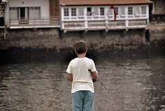 www.unaialberdi.com (UNAI ALBERDI ALONSO) Tags: persona color pescador nikon pasaia gipuzkoa euskadi original luz